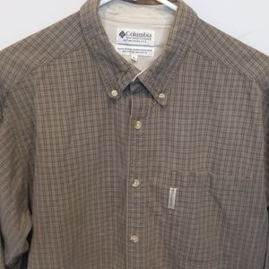 Columbia Button Up Long Sleeved Shirt